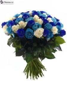 Kytice míchaných růží - modré růže